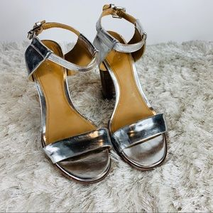 Coach Silver Lexey Metallic Sandals Sz 8.5